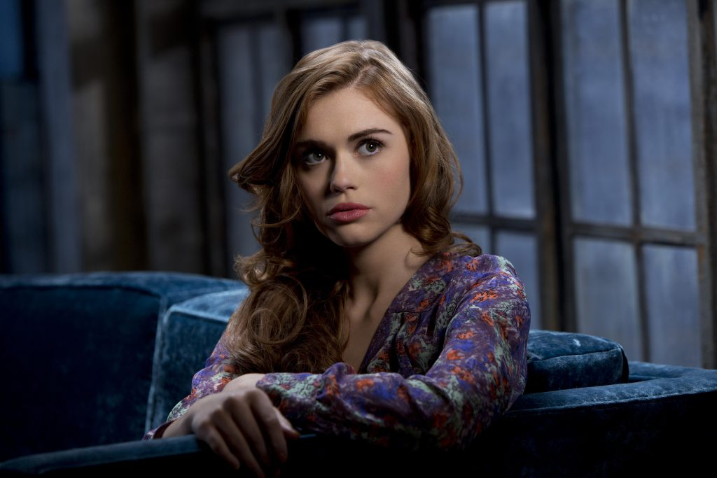 holland roden actress background hd wallpapers