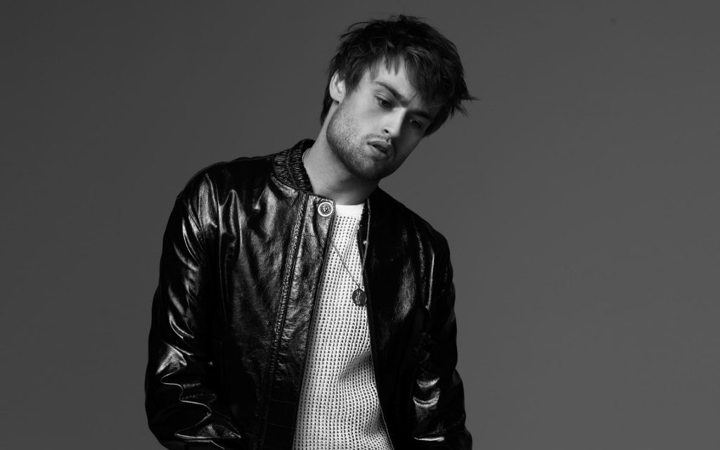 monochrome douglas booth desktop wallpapers
