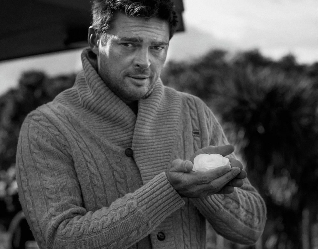 monochrome karl urban wallpapers