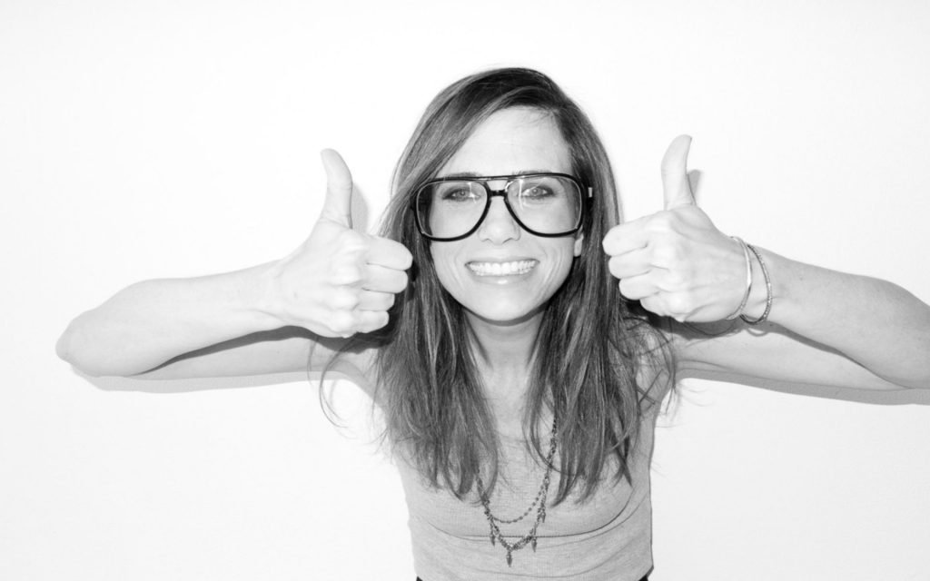 monochrome kristen wiig smile wallpapers