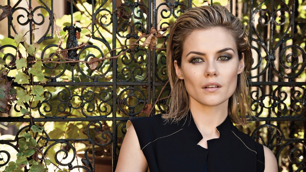 rachael taylor makeup hd wallpapers