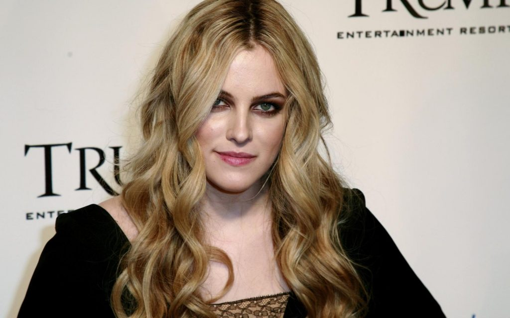 riley keough computer wallpapers