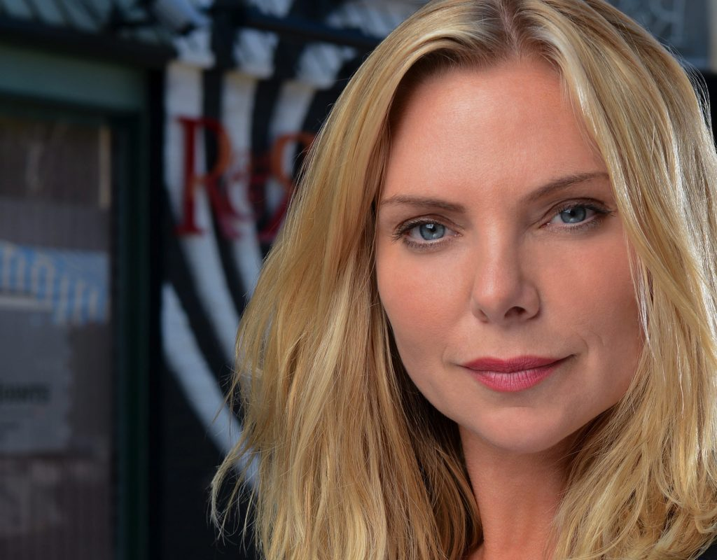 Samantha Womack Wallpapers