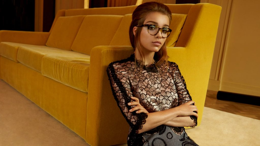 sophie cookson glasses wallpapers