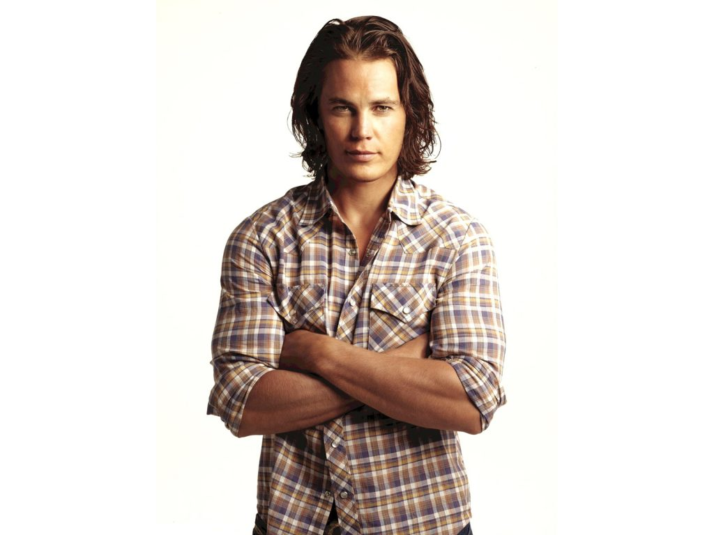 Taylor Kitsch Wallpapers