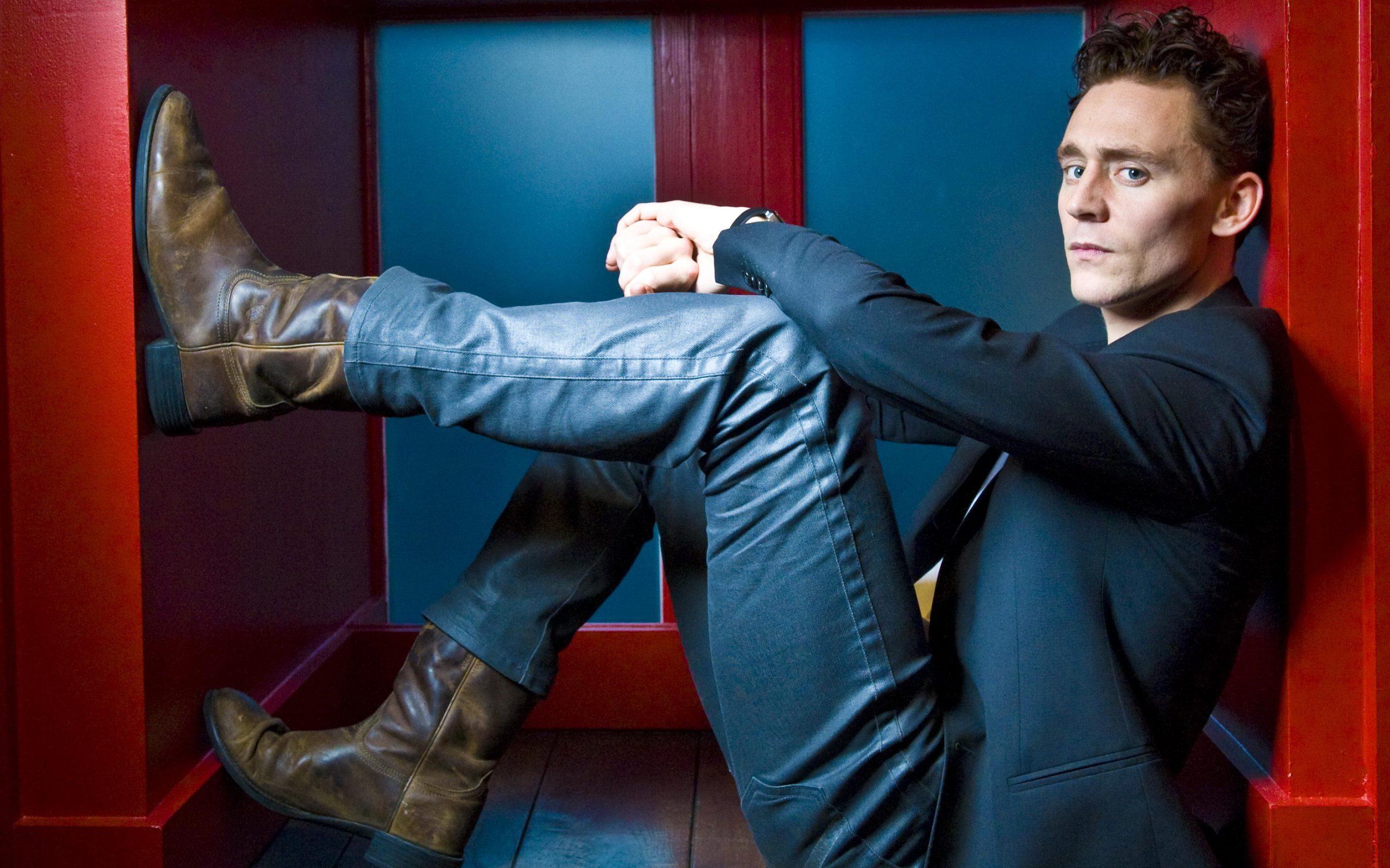 21 HD Tom Hiddleston Wallpapers - HDWallSource.com
