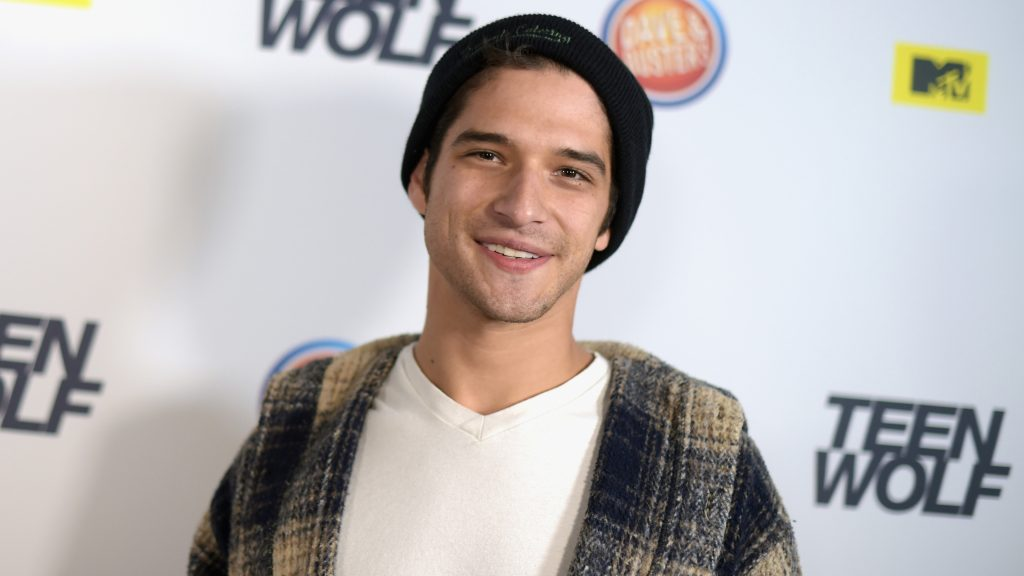 tyler posey celebrity widescreen hd wallpapers