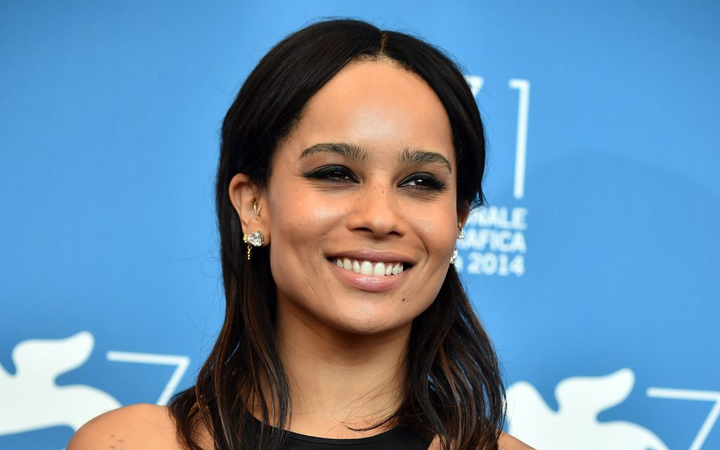 zoe kravitz smile background wallpapers