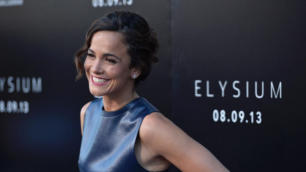 alice braga celebrity wallpapers