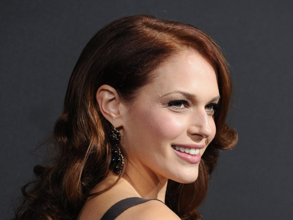amanda righetti smile wallpapers