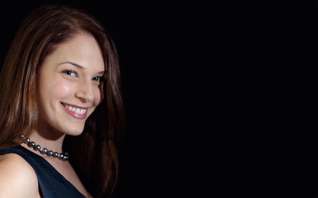 amanda righetti background wallpapers