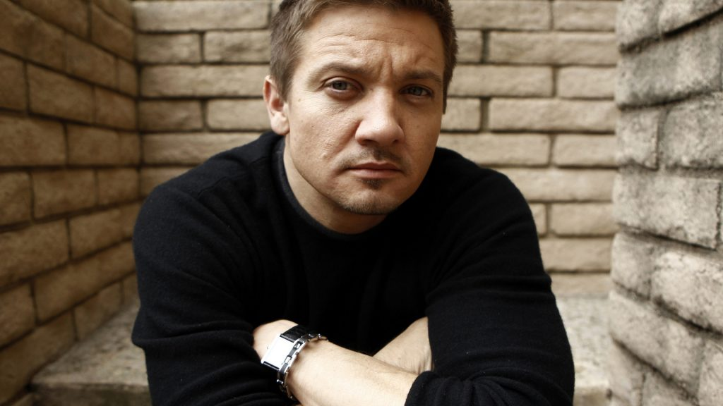 jeremy renner desktop wallpapers