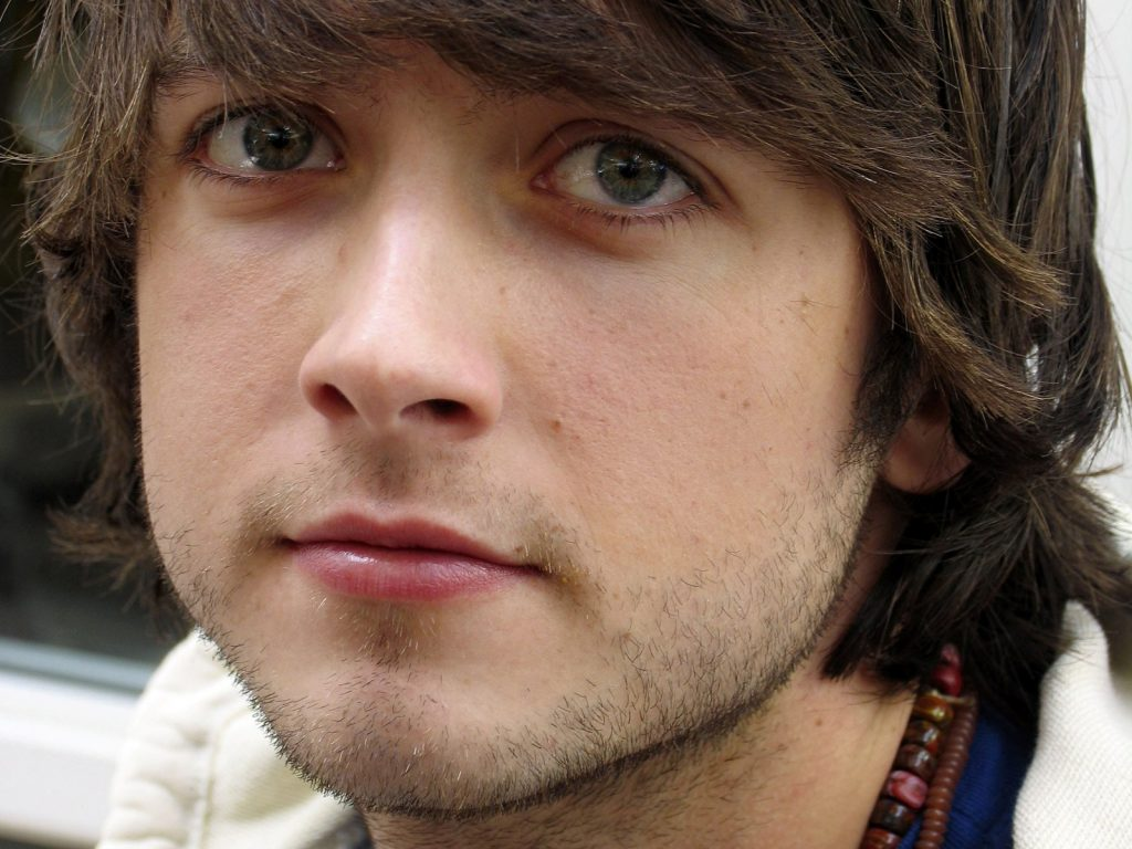 justin chatwin face wallpapers