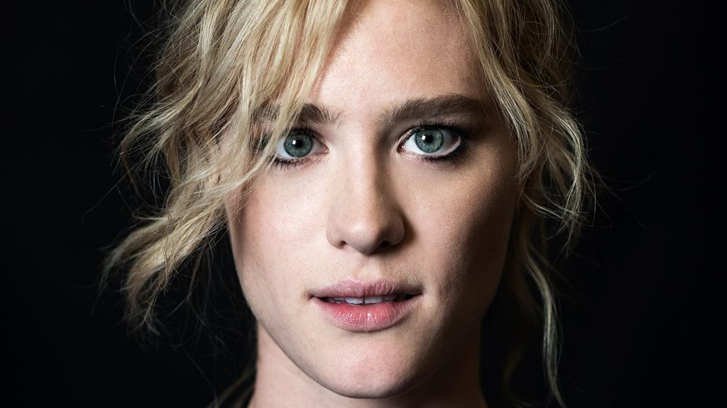 mackenzie davis face wallpapers