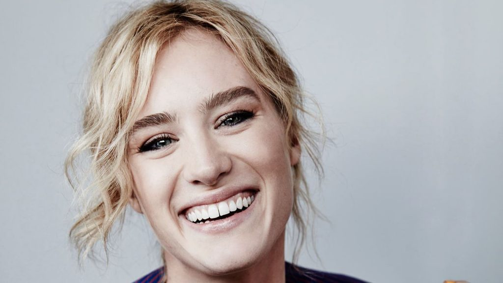 mackenzie davis smile wallpapers