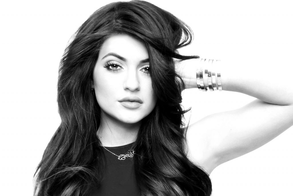 monochrome kylie jenner wallpapers