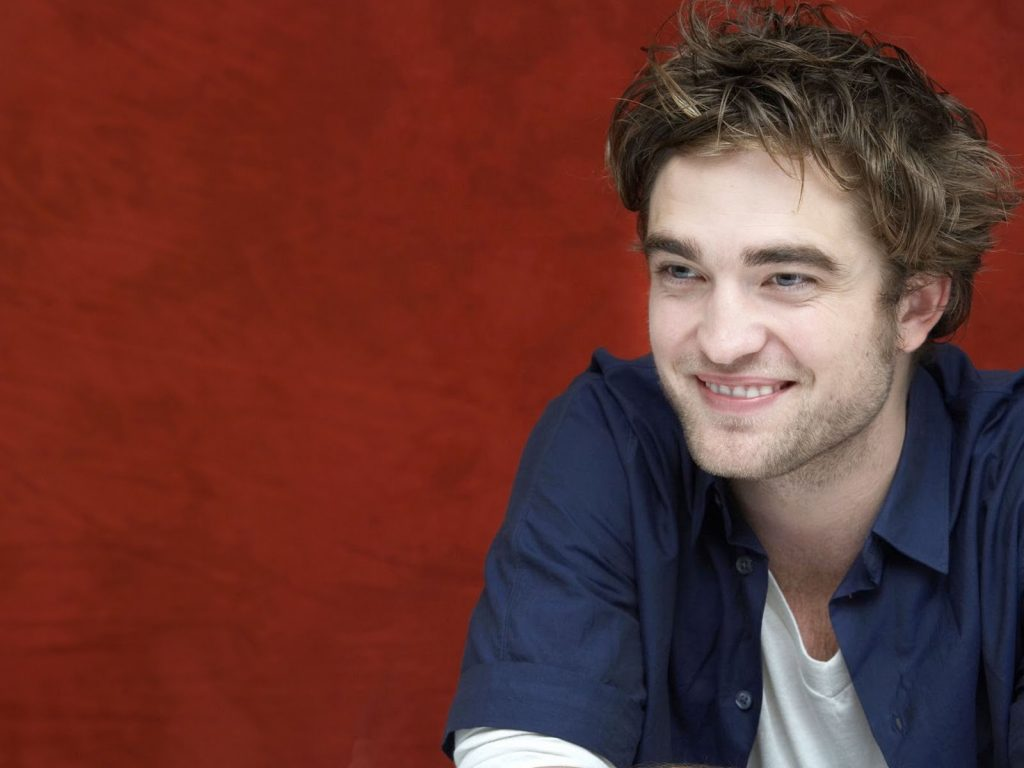 robert pattinson smile wallpapers