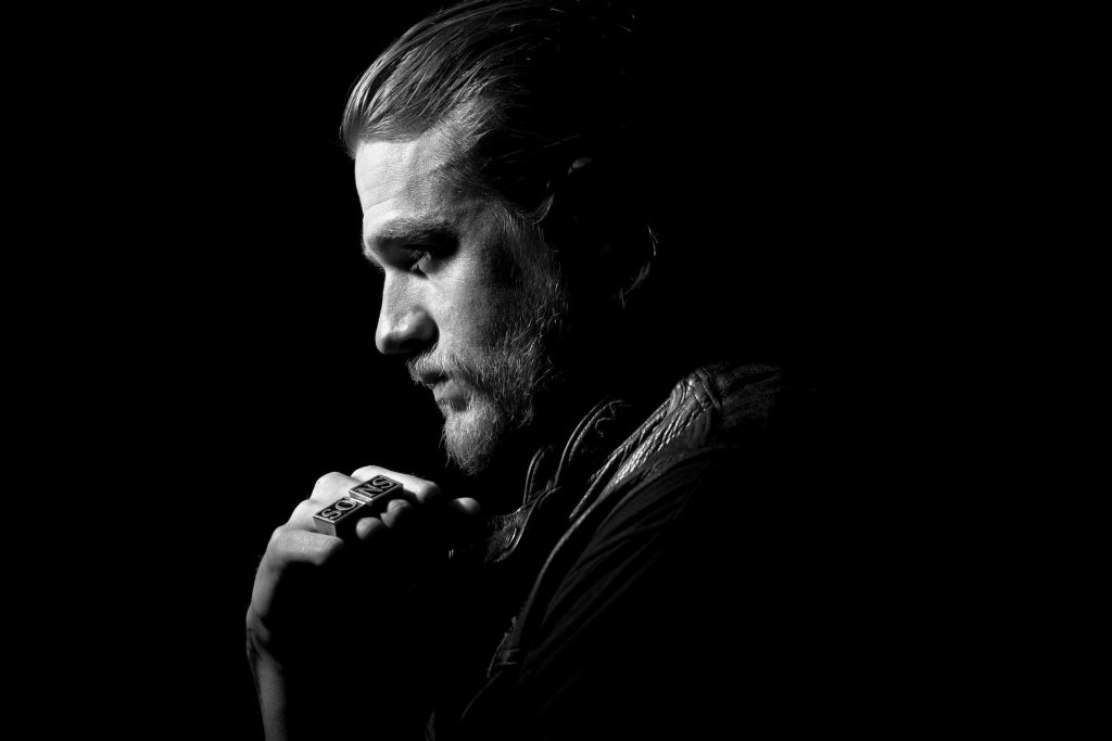 monochrome charlie hunnam wallpapers