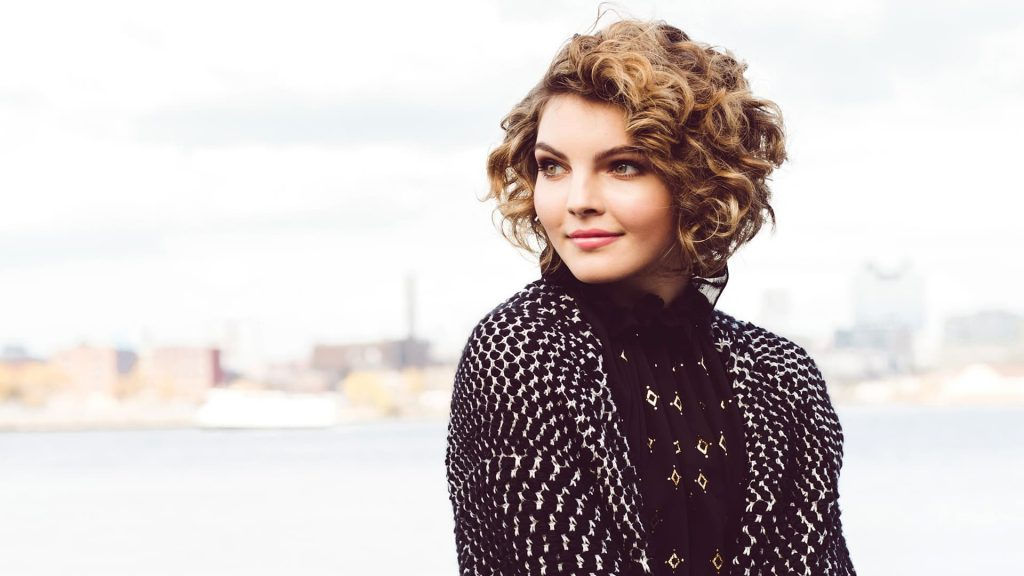 camren bicondova celebrity wallpapers