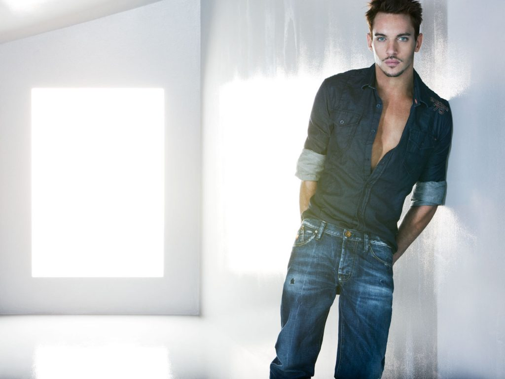 jonathan rhys meyers photos wallpapers
