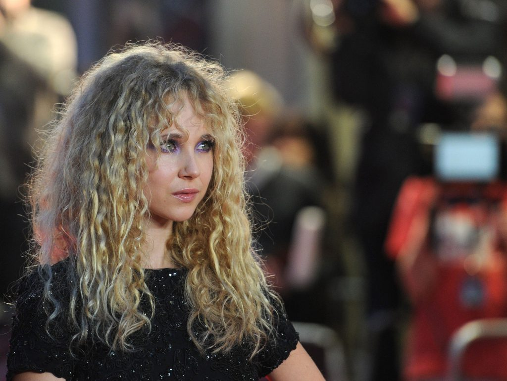juno temple photos wallpapers