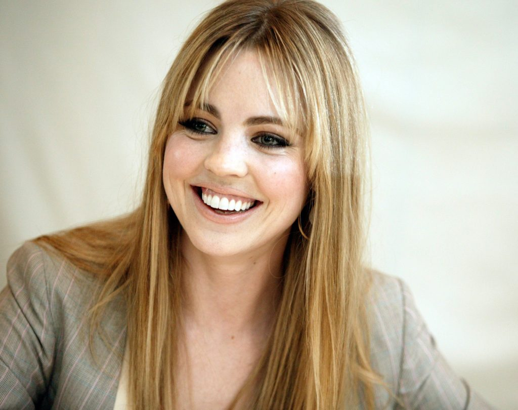 melissa george smile wallpapers