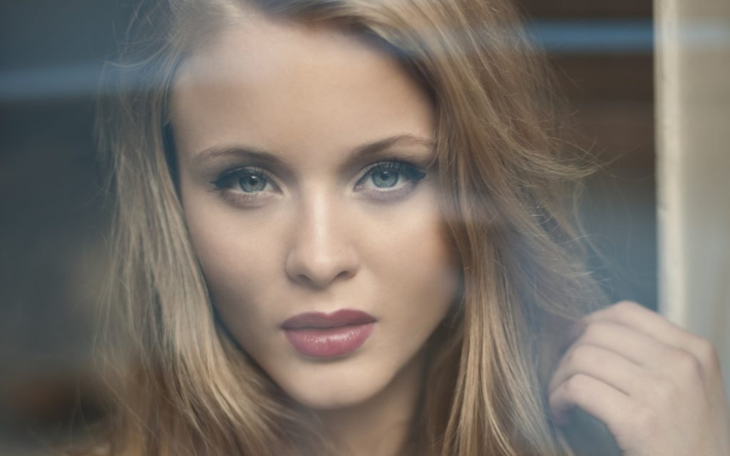 Zara Larsson Wallpapers