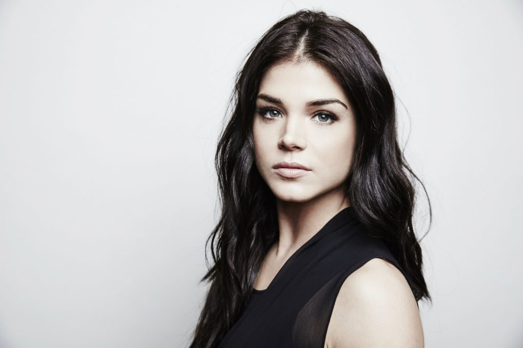 Marie Avgeropoulos Wallpapers
