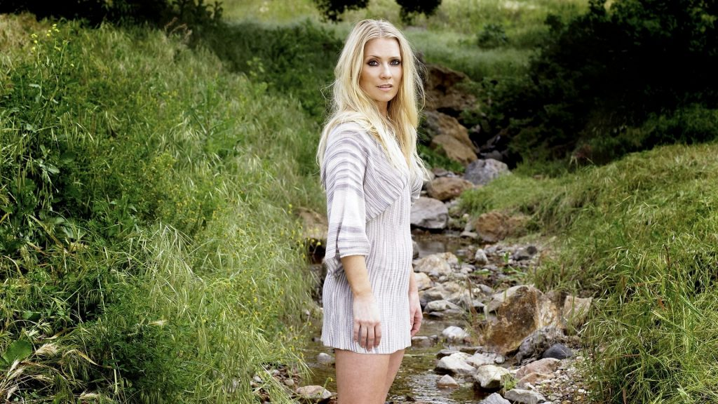 Emily Procter Wallpapers