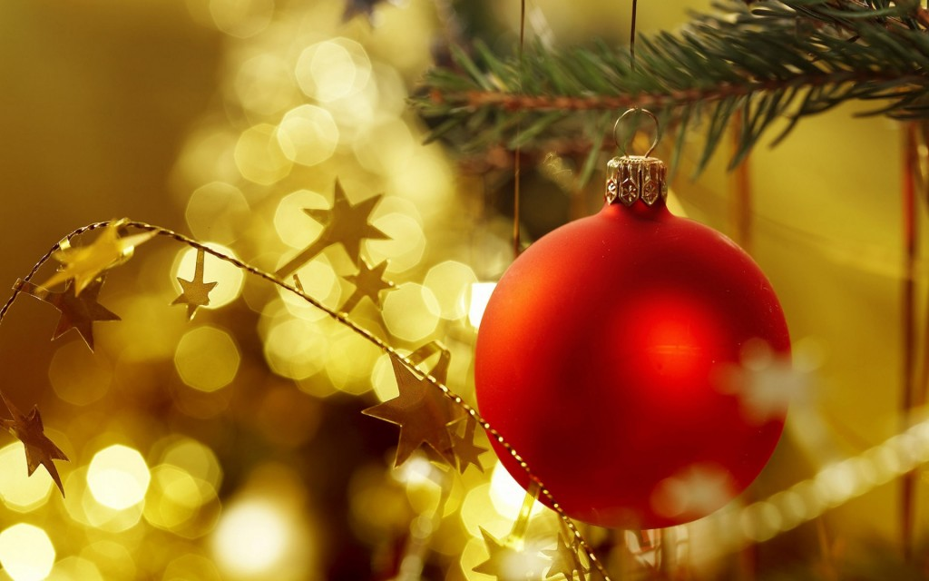 lovely-christmas-ornaments-wallpaper-38740-39626-hd-wallpapers