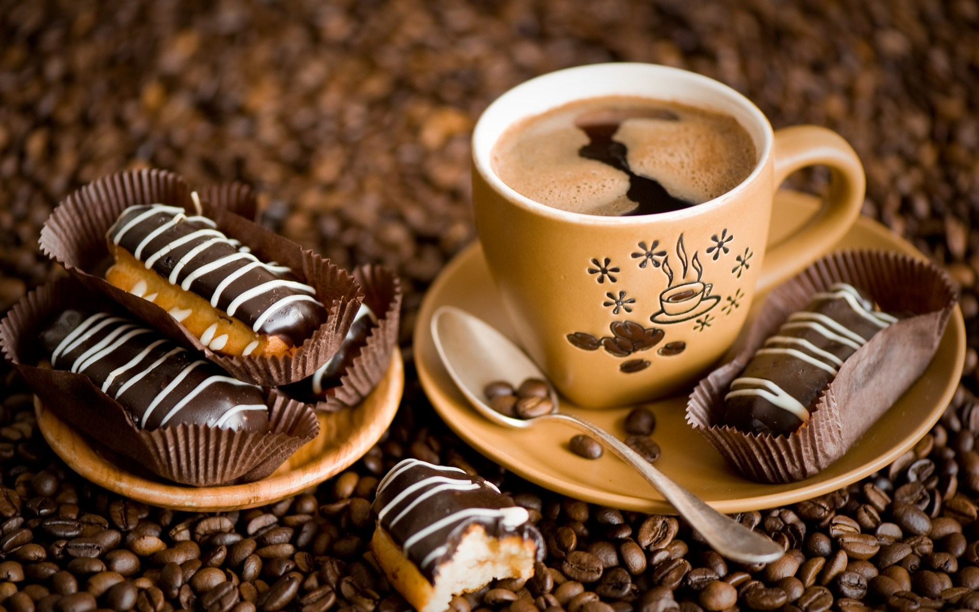 Coffee Lovers Love Hd Wallpapers: 20 Lovely HD Coffee Wallpapers