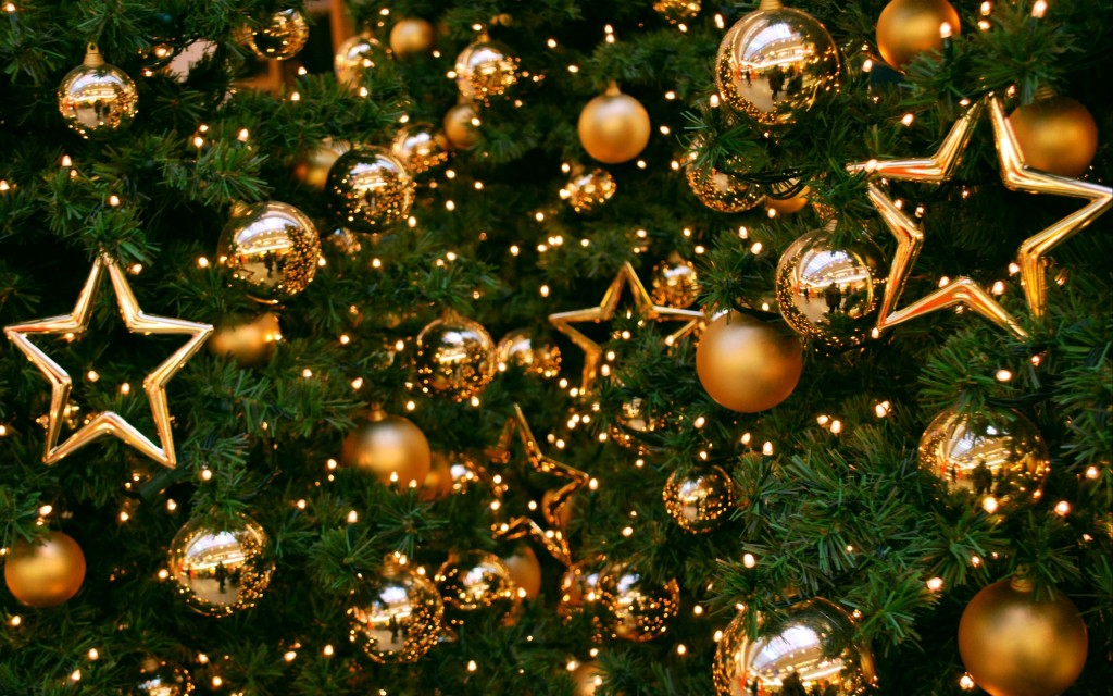 wonderful-holiday-decorations-wallpaper-41224-42209-hd-wallpapers