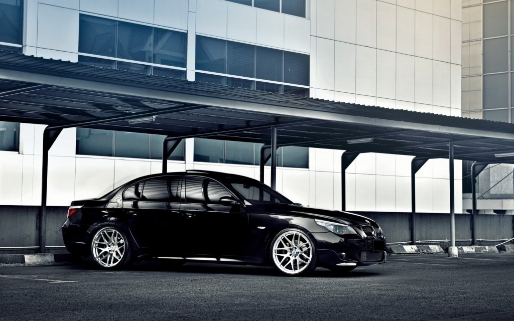 black-bmw-5-series-wallpaper-43569-44627-hd-wallpapers