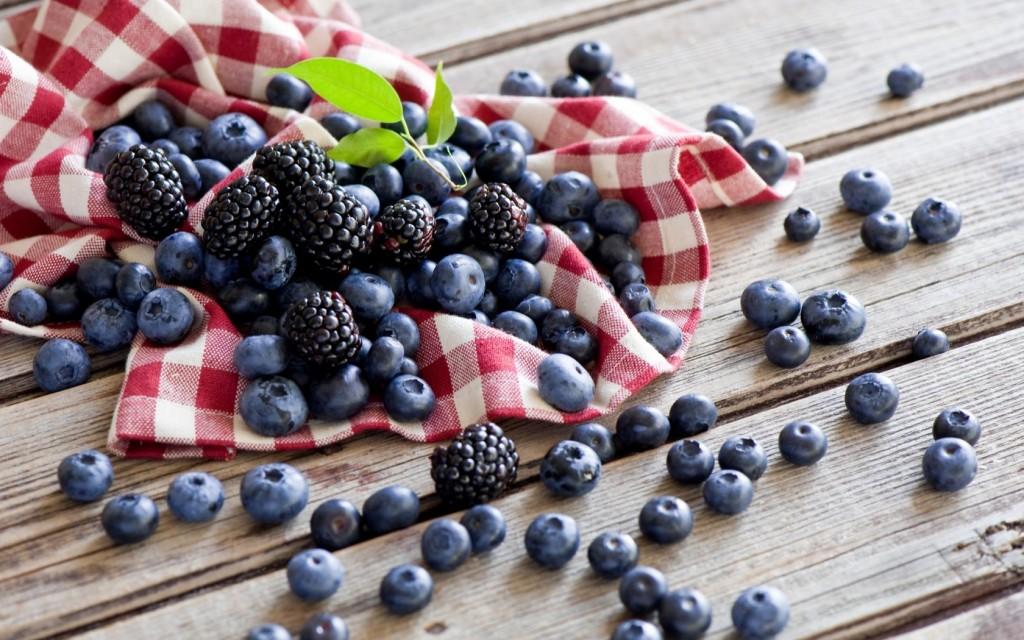 blackberries-38889-39779-hd-wallpapers