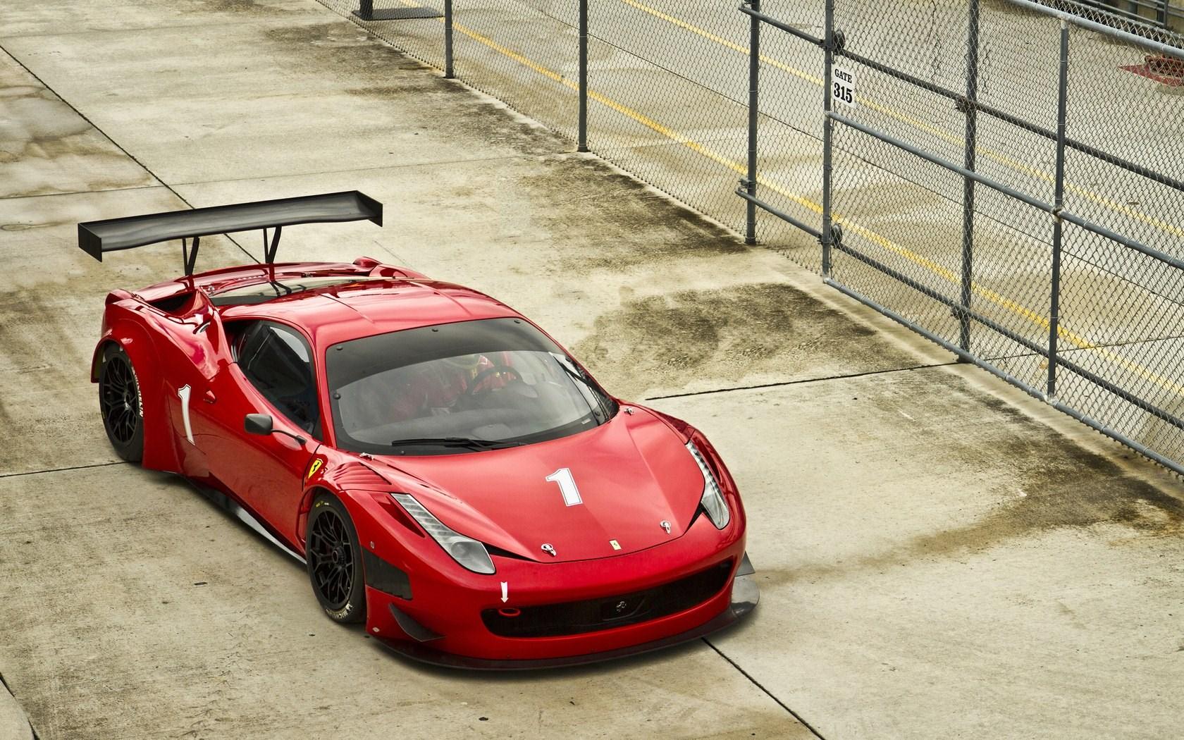 20 Excellent Hd Ferrari Wallpapers