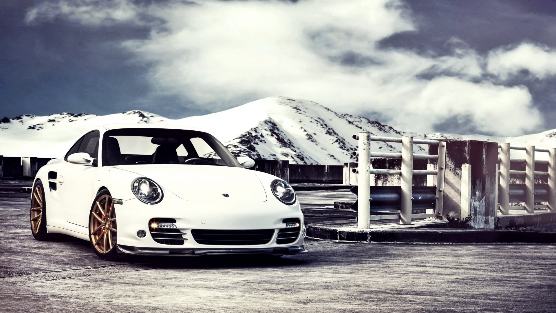 Porsche Hd Wallpapers 1080p: 15 Excellent HD Porsche Wallpapers
