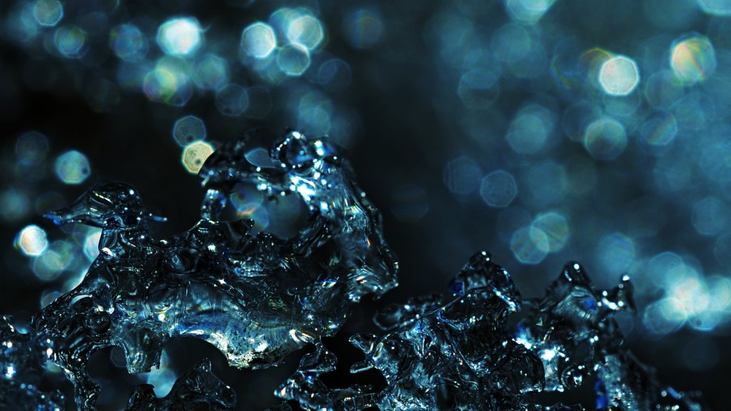 water-splash-29796-30515-hd-wallpapers