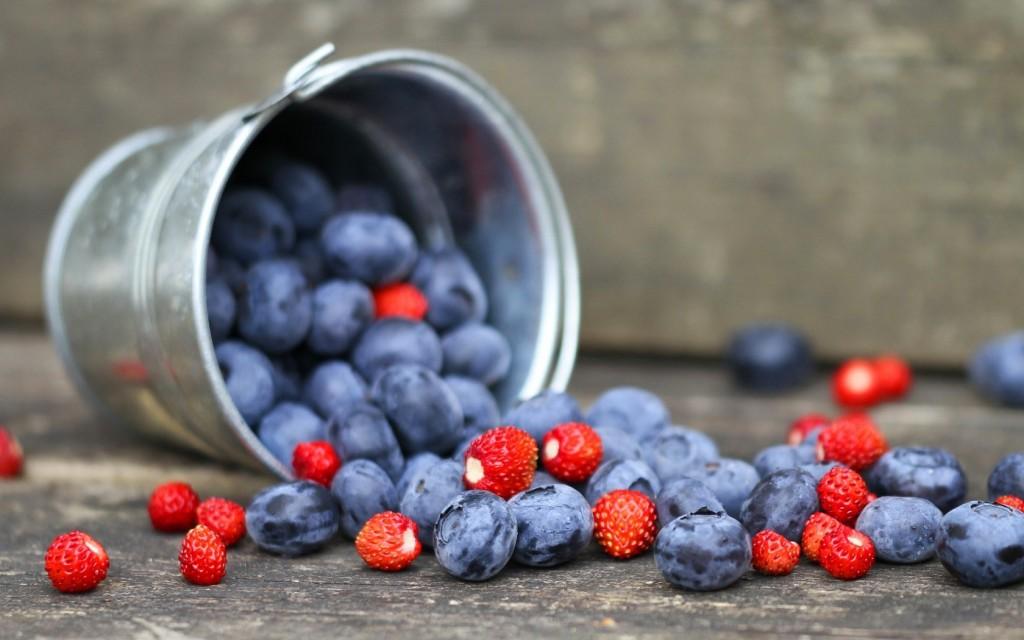 wonderful-berries-wallpaper-44413-45538-hd-wallpapers