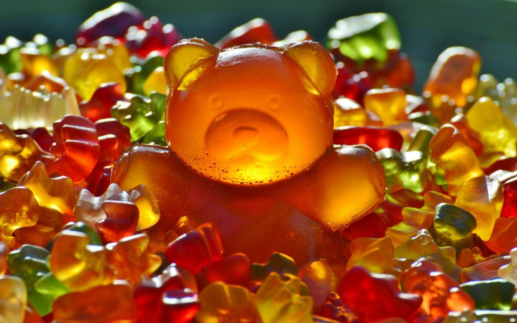 candy gummy bears background wallpapers