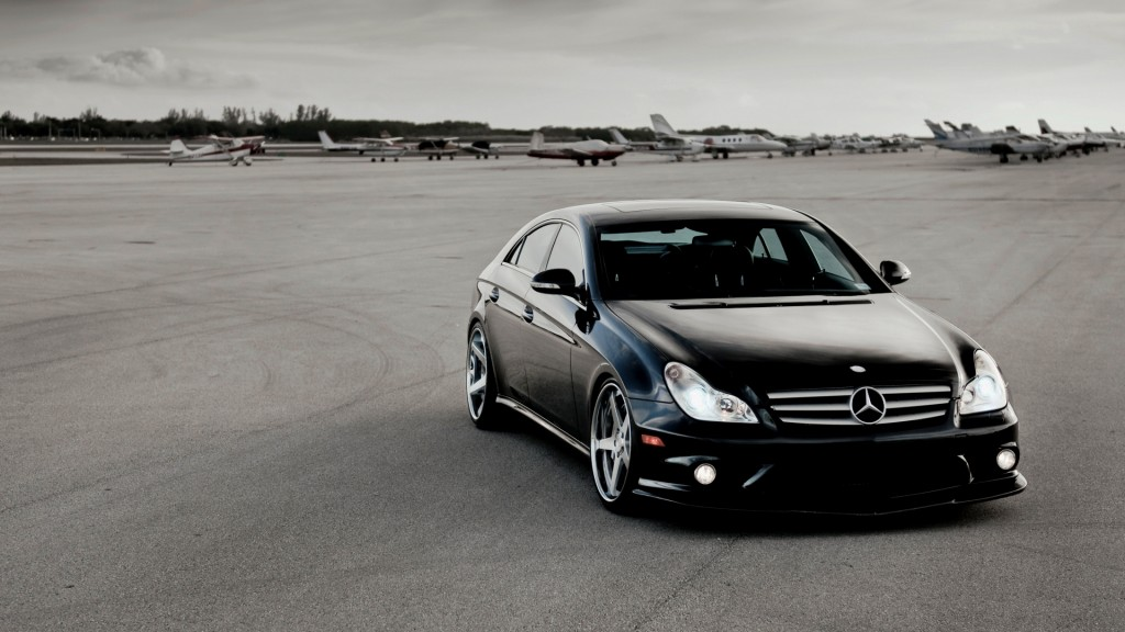 free-mercedes-cls63-wallpaper-36675-37510-hd-wallpapers