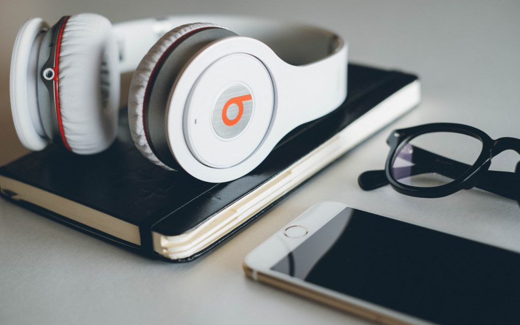 beats headphones widescreen wallpapers
