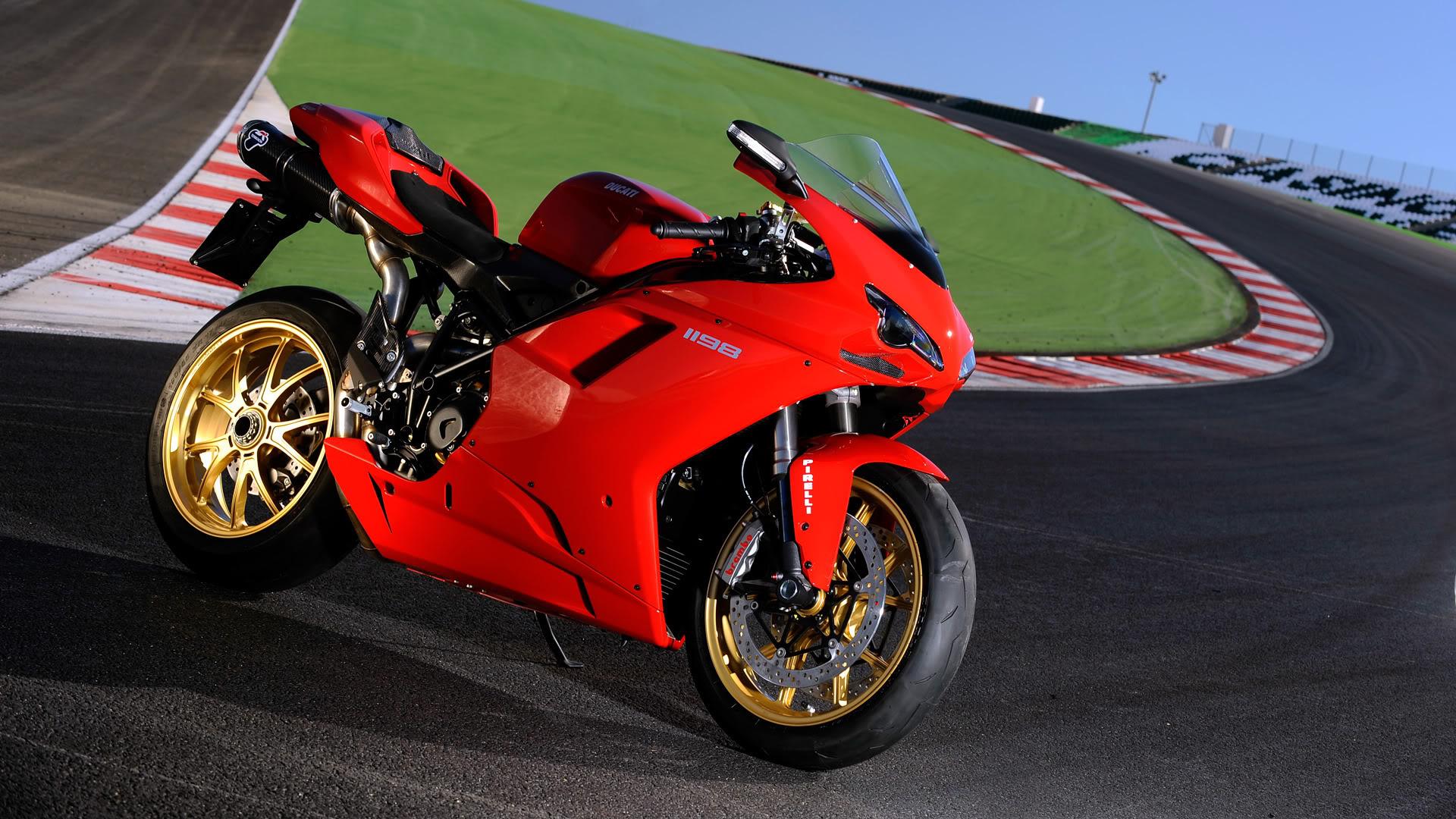 15 Outstanding HD Ducati Wallpapers - Stunning HD ...