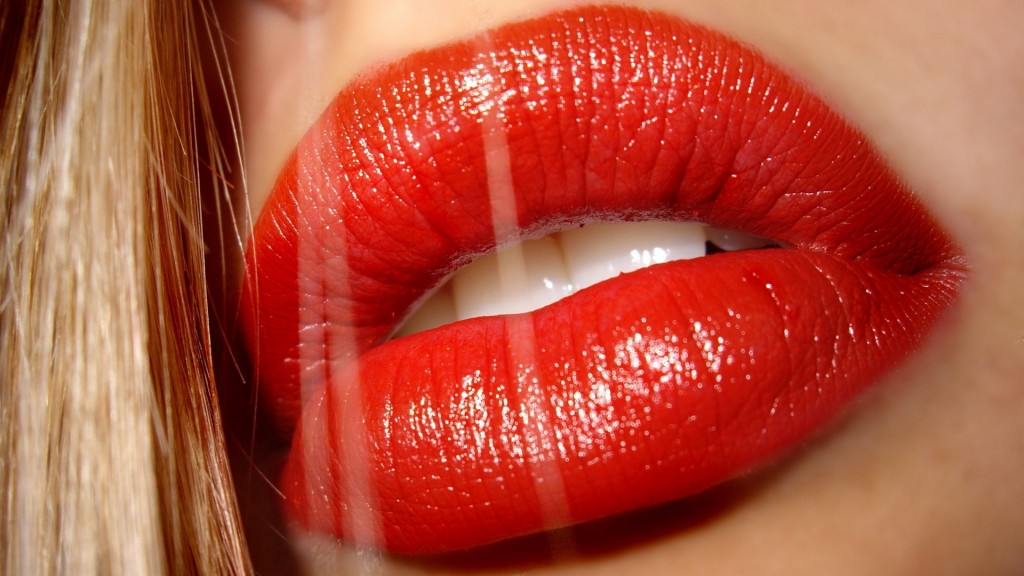 red-lips-24912-25592-hd-wallpapers