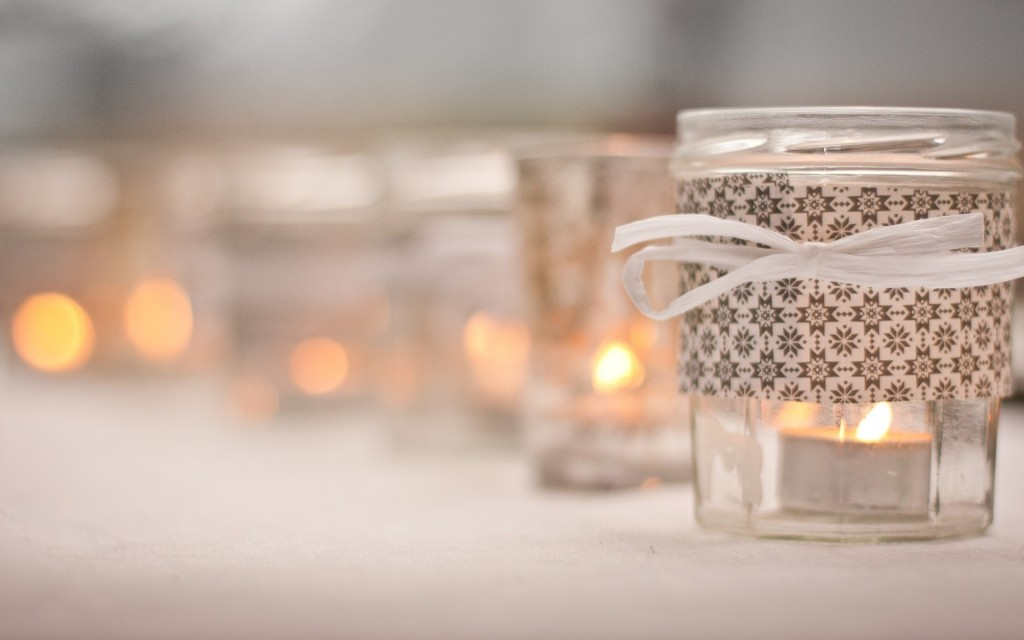 beautiful-candles-close-up-wallpaper-44448-45573-hd-wallpapers