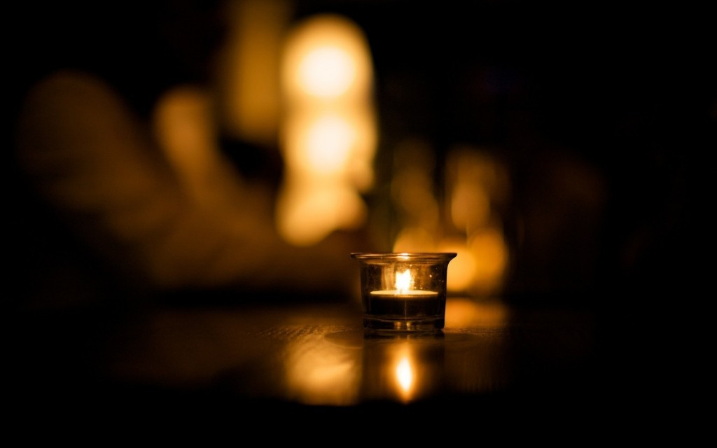 pretty-candle-wallpaper-41070-42041-hd-wallpapers