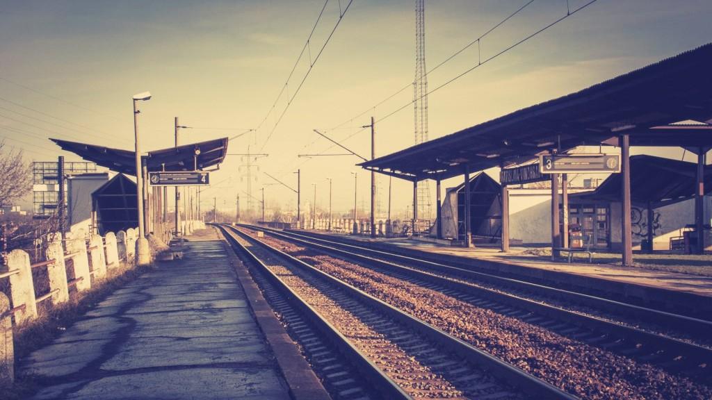 train-station-desktop-wallpaper-49175-50837-hd-wallpapers