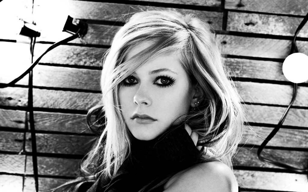 avril-lavigne-11396-11771-hd-wallpapers
