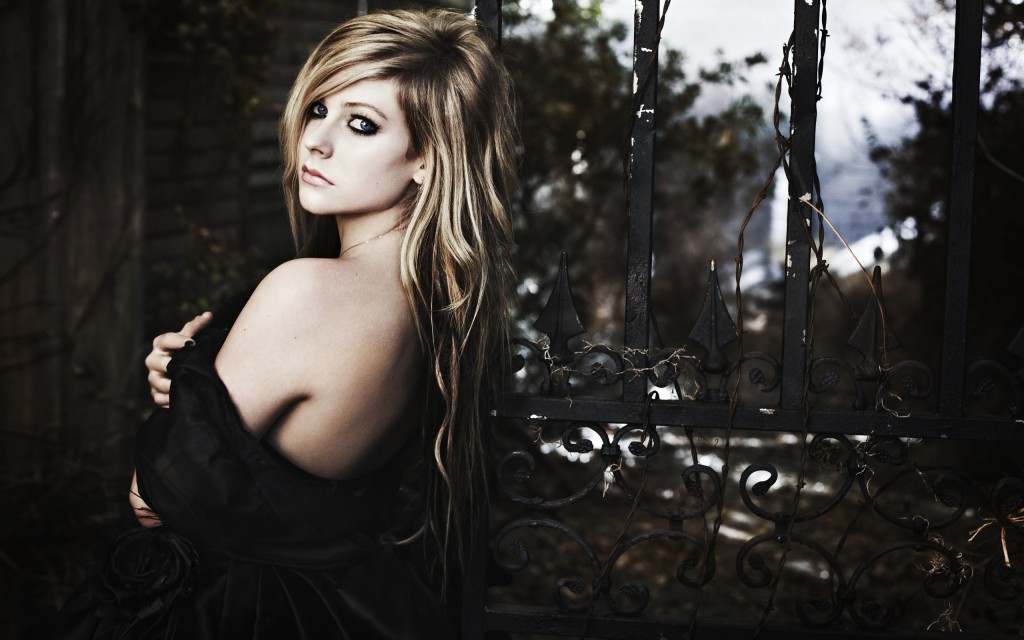 avril-lavigne-wide-wallpaper-50097-51784-hd-wallpapers