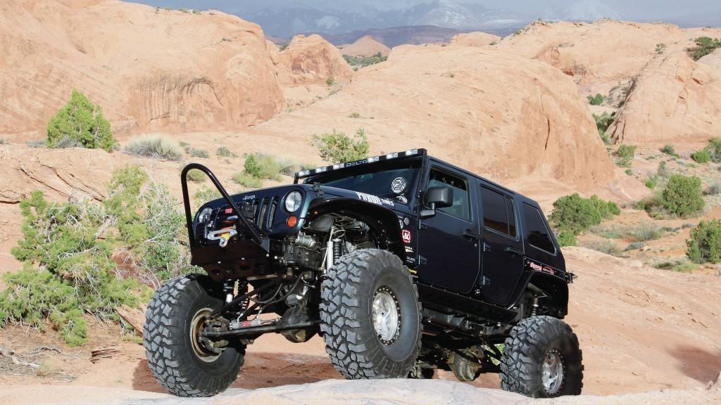 black-jeep-widescreen-wallpaper-49734-51413-hd-wallpapers