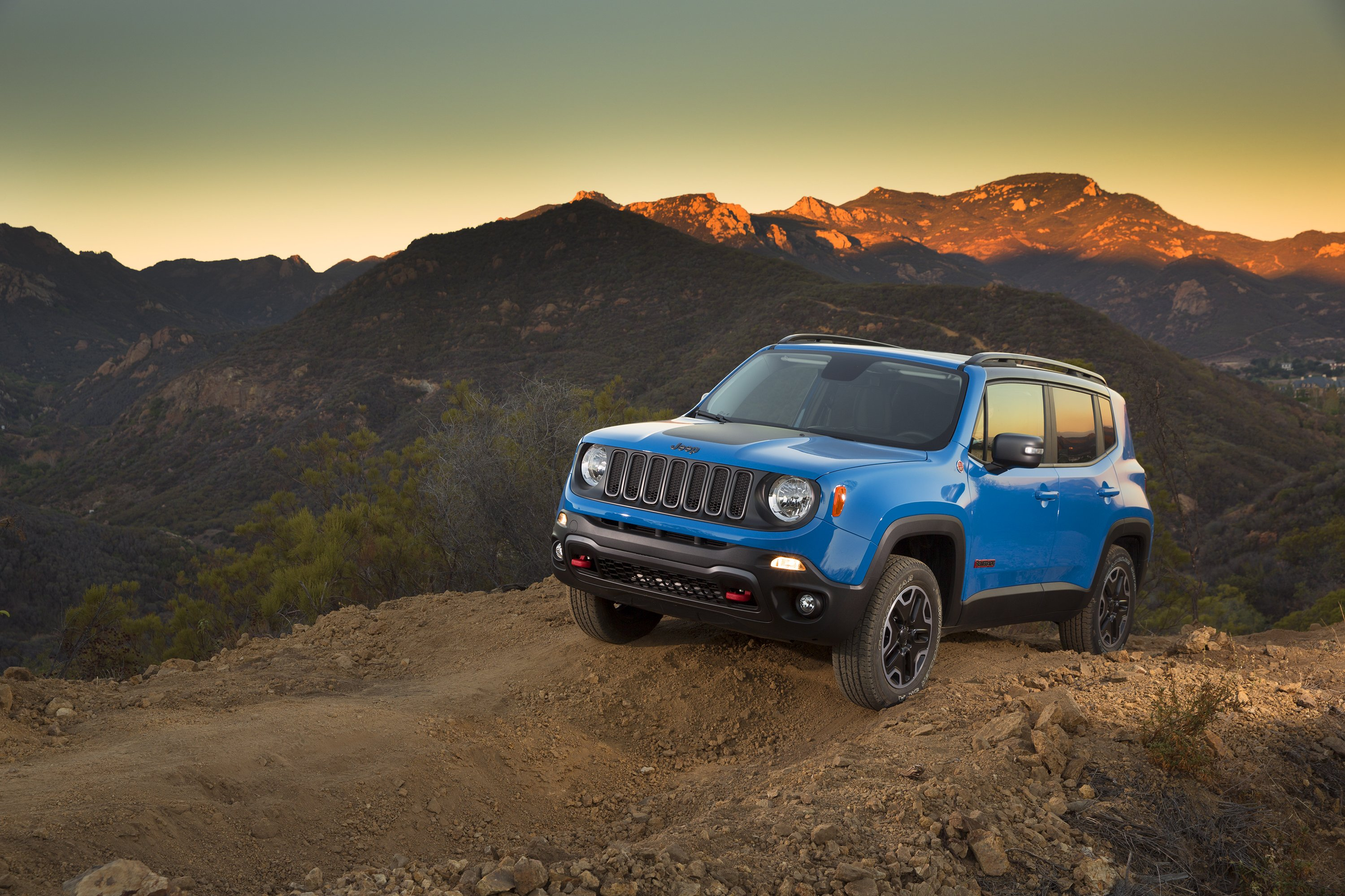Blue Jeep Widescreen Wallpaper Hd Wallpapers on 2015 Jeep Renegade
